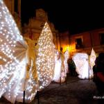 Il Borgo Incantato.L'arte di strada nei vicoli - Gerace2014_compagniaCorona